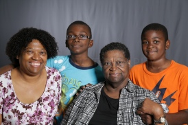 Mothers_Day_Family_Portrait_Day_at_Corpus_Christi_Museum_of_Science_and_History-20