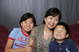 Mothers_Day_Family_Portrait_Day_at_Corpus_Christi_Museum_of_Science_and_History-68