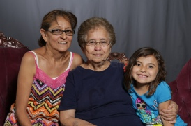 Mothers_Day_Family_Portrait_Day_at_Corpus_Christi_Museum_of_Science_and_History-70