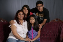 Mothers_Day_Family_Portrait_Day_at_Corpus_Christi_Museum_of_Science_and_History-9